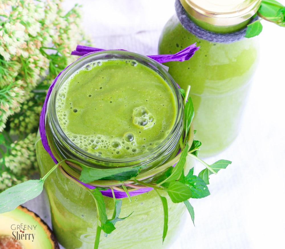 cremiger avocado smoothie mit gr ner minze vegan greeny sherry vegane rezepte gr n er. Black Bedroom Furniture Sets. Home Design Ideas